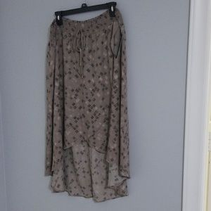High/low skirt, size XL, tan and pink, NWT